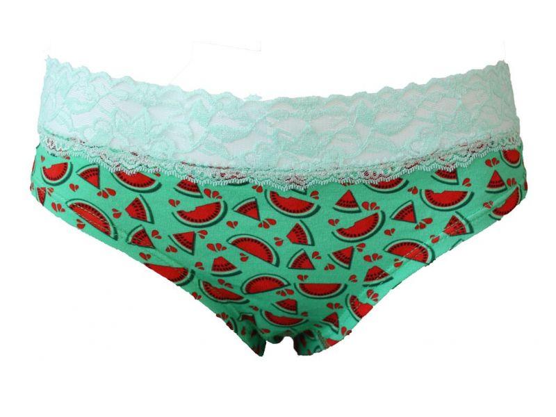 Barevné dámské spodní prádlo